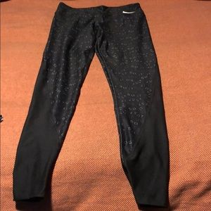 Nike dry fit leggings just do it small